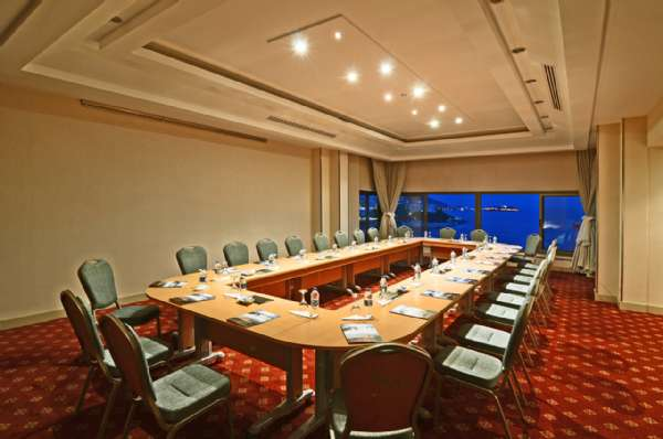 Korumar Hotel De Luxe Lonia Meeting Room