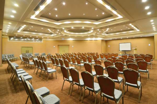 Korumar Hotel De Luxe Odeon Meeting Room
